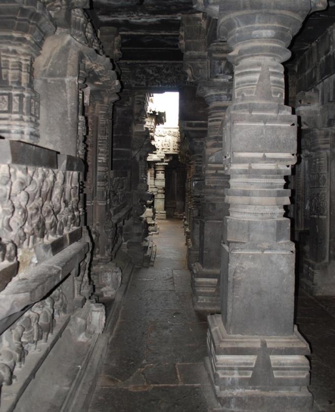 many-pillars