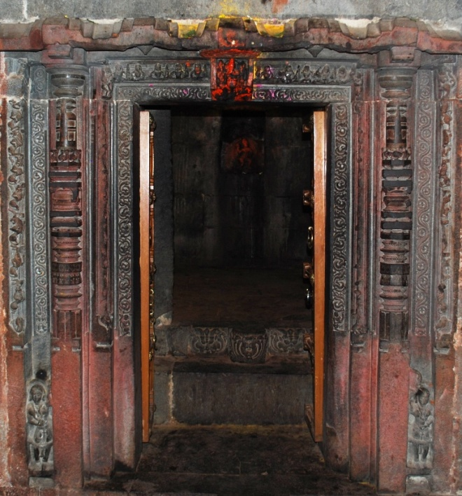 small-doorway-into-temple