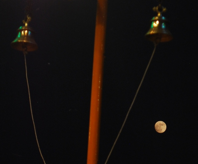 the-supermoon-and-temple-bells